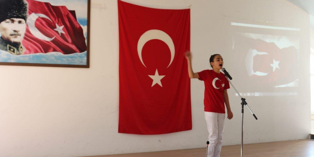 Kulu'da İstiklal Marşı'nı Güzel Okuma Yarışması Yapıldı