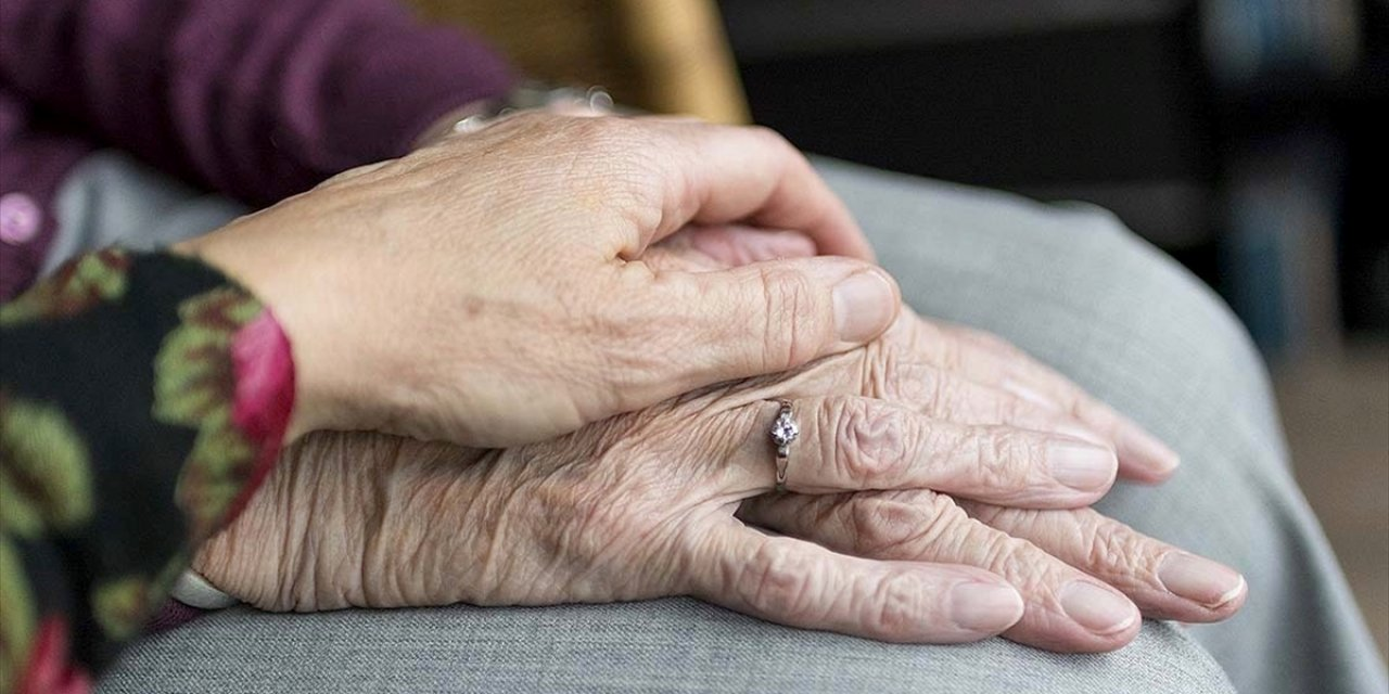 65 Yaş Üstü Vatandaşlara Koronavirüse Karşı 19 'altın' Öneri