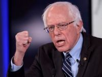 ABD'de başkanlık yarışında Sanders'tan Clinton'a destek