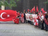 Boston'da yaşayan Türkler 'darbeye hayır, demokrasiye evet' dedi