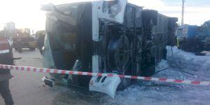 Konya'da öğrenci servisi devrildi