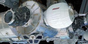 """Spacex'in """"Dragon"""" Mekiği Uui'ye Ulaştı"""