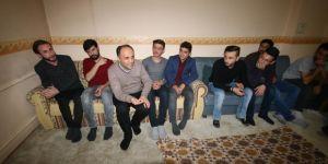 Başkan Özaltun, sosyal medya daveti üzerine öğrenci evini ziyaret etti