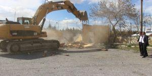 Seydişehir'de eski cezaevi yıkımına başlandı
