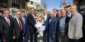 Türkiye Yeniden Diriliş Mücadelesi Veriyor