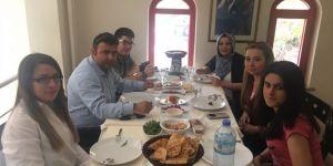 PUSULA ekibi Urfa Sofrası'nda