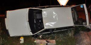 Dumlupınar Kavşağında Kaza 3 Yaralı
