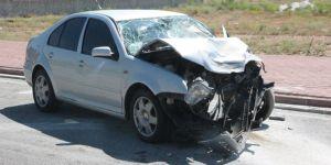 Konya'da 2 otomobil çarpıştı: 8 yaralı