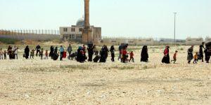 Suriyeliler akın akın gidiyor