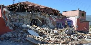 Akşehir'de genelev yıkıldı