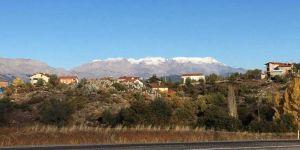 Beyşehir'e Mevsimin İlk Karı Yağdı
