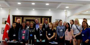 Avrupalı Öğrencilerden Başkan Tutal'a Ziyaret