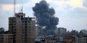 İsrail Gazze'yi tekrar vurdu