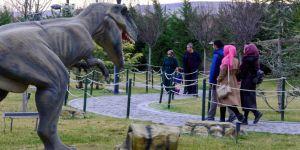 80 Binde Devri Alem Parkına 10 günde 20 bin ziyaretçi