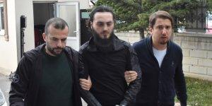 ABD'den Konya'ya gelip, öldürdüğü adam için gözaltında dua etmiş