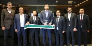 Konyaspor, Hidayet Türkoğlu'nu ziyaret etti
