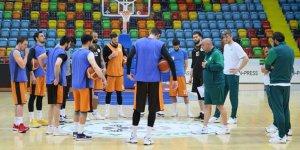 Konyalı basketbolcular Karesi'ye odaklandı
