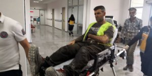 İşçi bayramında üzerine kalıp düşen işçi yaralandı