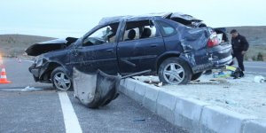 Yeni Evli Çifti Trafik Kazası Ayırdı