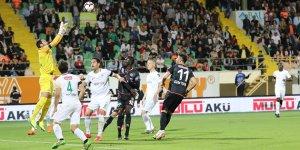 Konyaspor'da defans çöktü
