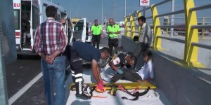 Ereğli'de motosiklet Tır'a çarptı: 2 yaralı