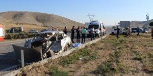 Konya'da İki Otomobil Çarpıştı: 2 Ölü, 2 Yaralı