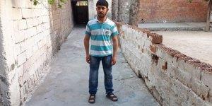 Suriyeli Engelli Gencin Protez Bacak Sevinci