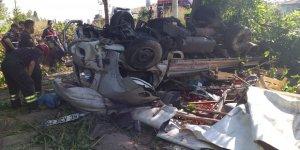 Beyşehir'de Sebze Yüklü Kamyonet Devrildi: 2 Yaralı