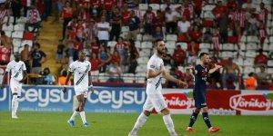 Denizlispor İkinci Haftayı Da 3 Puanla Kapattı