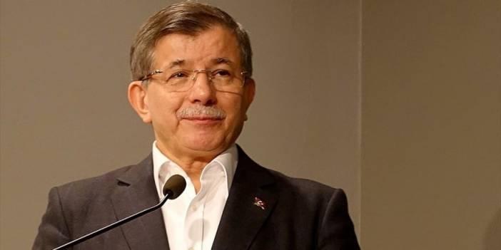 Eski Başbakan Ahmet Davutoğlu Ak Parti'den İstifa Etti