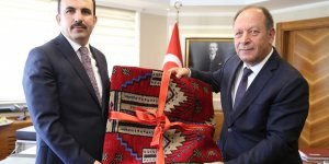 Başkan Altay'dan Başkan Oprukçu'ya nezaket ziyareti