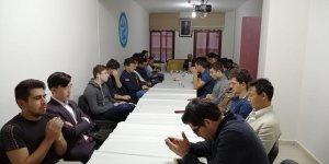 ÜLKÜ-BİR'den mehmetçikler için hatim programı