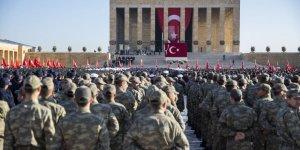 Büyük Önder Atatürk İçin Anıtkabir'de Devlet Töreni Düzenlendi