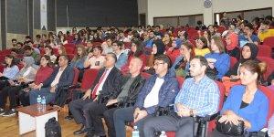 """Selçuk'ta """"Güncel Gelişmeler Işığında Turizm Eğitimi"""" Konferansı yapıldı"""