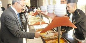 """Selçuk Üniversitesinde """"glütensiz yemek"""" açılışı yapıldı"""