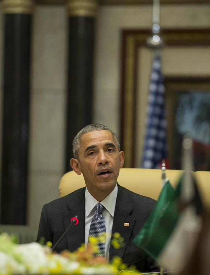 Obama, ABD-KİK zirvesi için Riyad'da