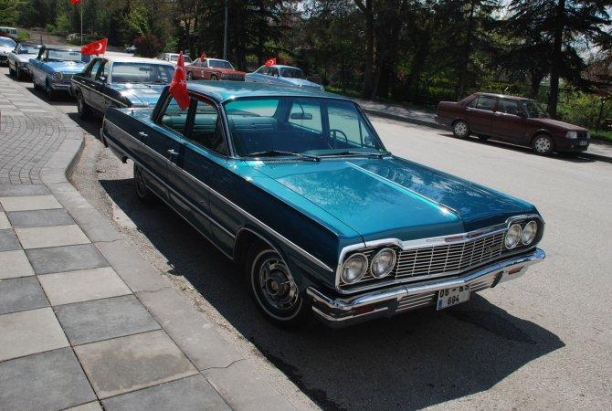 """Ayaş'ta """"Tarihi Kentler Klasik Otomobiller Rallisi"""""""