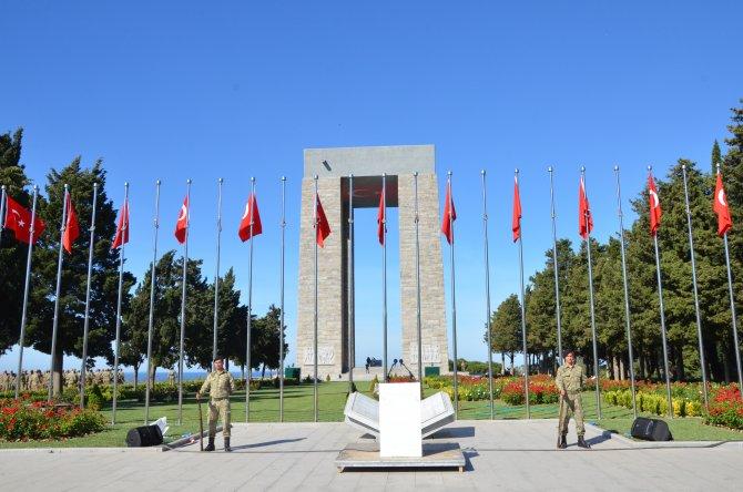 Çanakkale Kara Savaşları'nın 101. yılı törenlerine doğru
