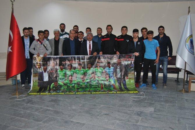 Kulu Belediyesporlu futbolculardan Yıldız'a ziyaret