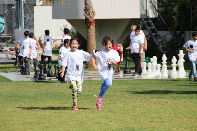Yaşasın 23 Nisan Yaşasın Lösemili Çocuklar Projesi