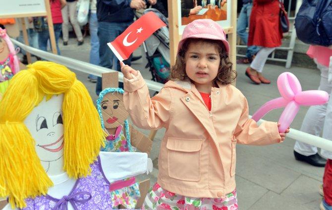 """Eskişehir'de """"Çocuk ve Barış Sokağı"""" açıldı"""