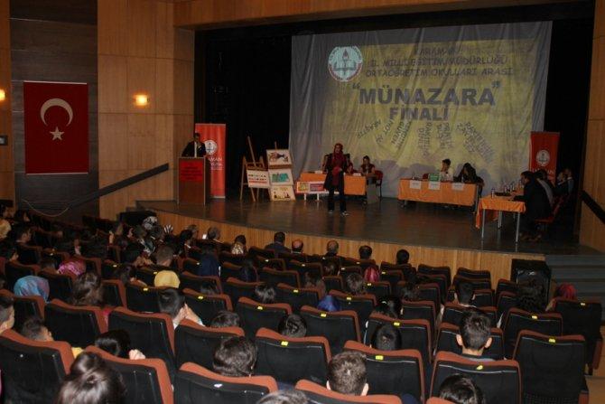 Karaman'da liseler arası münazara yarışması
