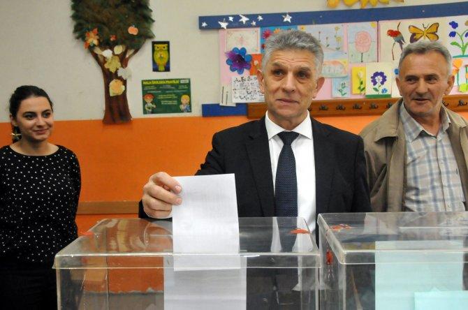 Sırbistan'da oy kullanma işlemi sona erdi
