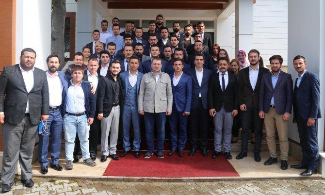 AK Parti Gençlik Kolları Genel Başkanı Ecertaş: