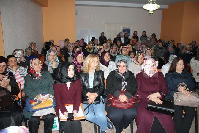 AK Parti kadınları kanser konusunda bilgilendirdi