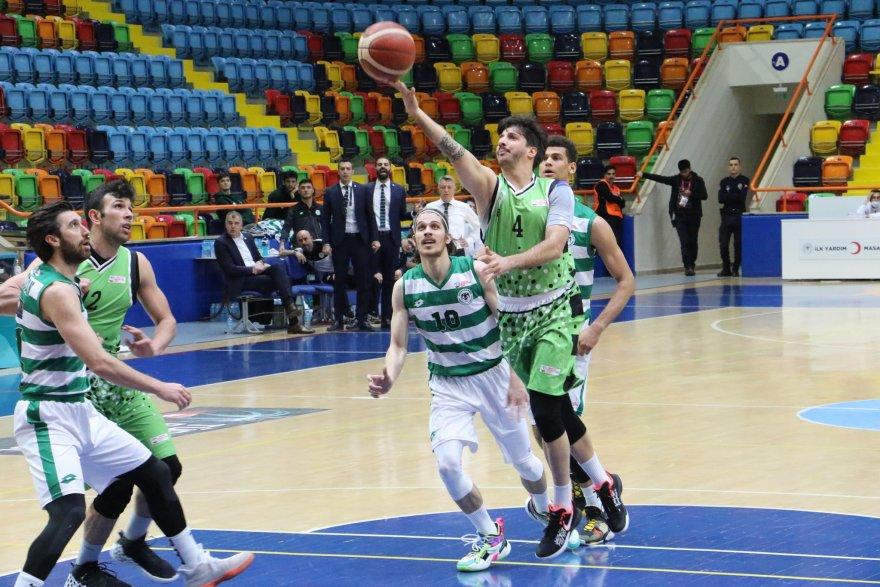 konyaspor-basketbol-2-001.jpg