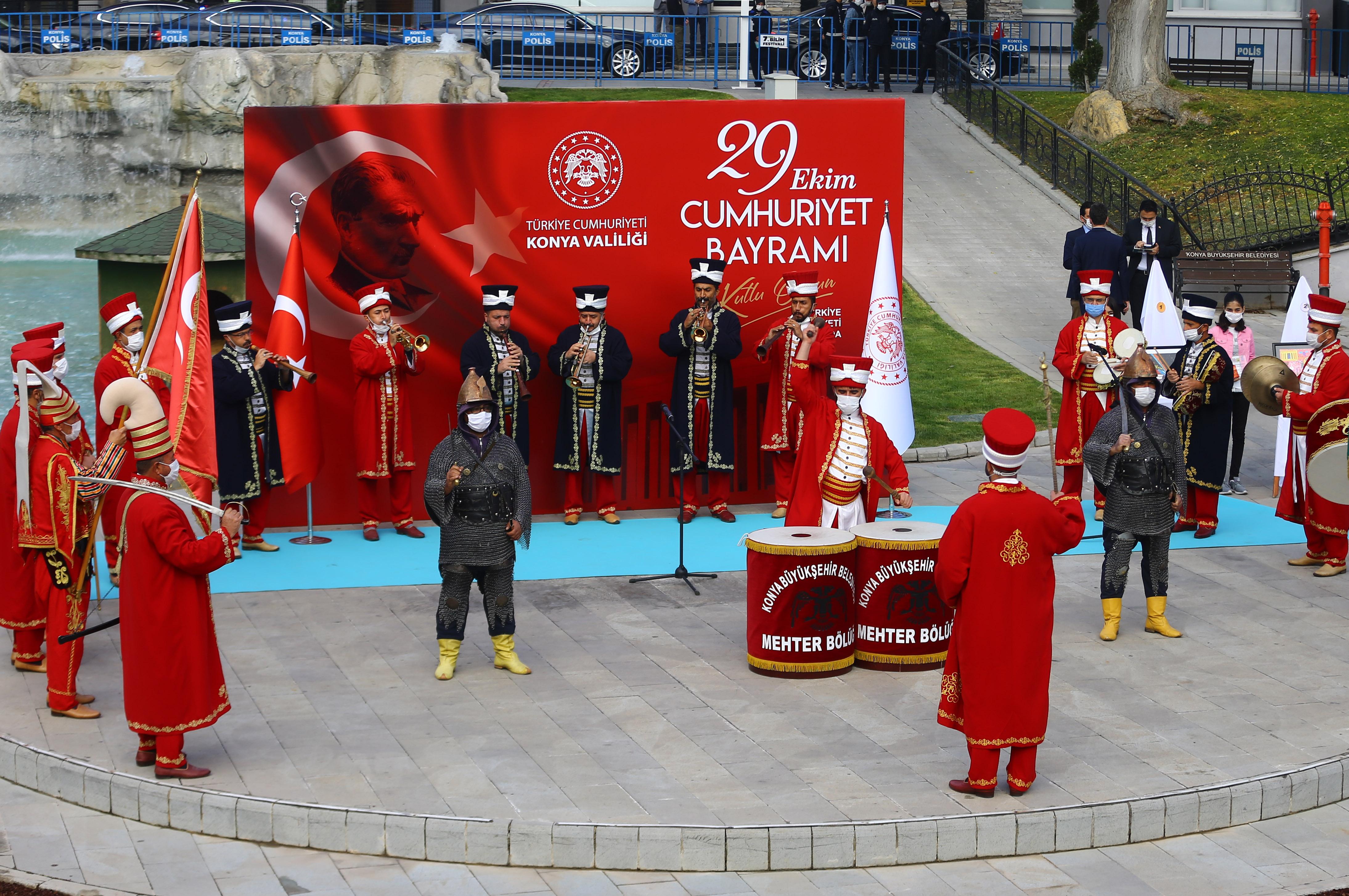 konya-kultur-parkta-29-ekim-1.jpg