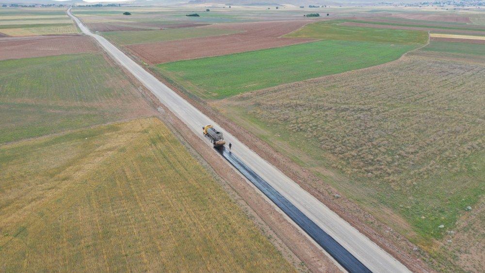 Büyükşehir'den Kulu'ya 26 kilometrelik mahalle yolu