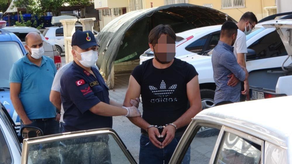 Silah kaçakçılarına suçüstü