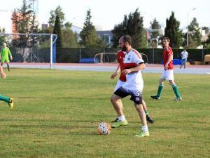 Uluslararası Yazarlar Futbol Turnuvası'nda kupa Macaristan'ın